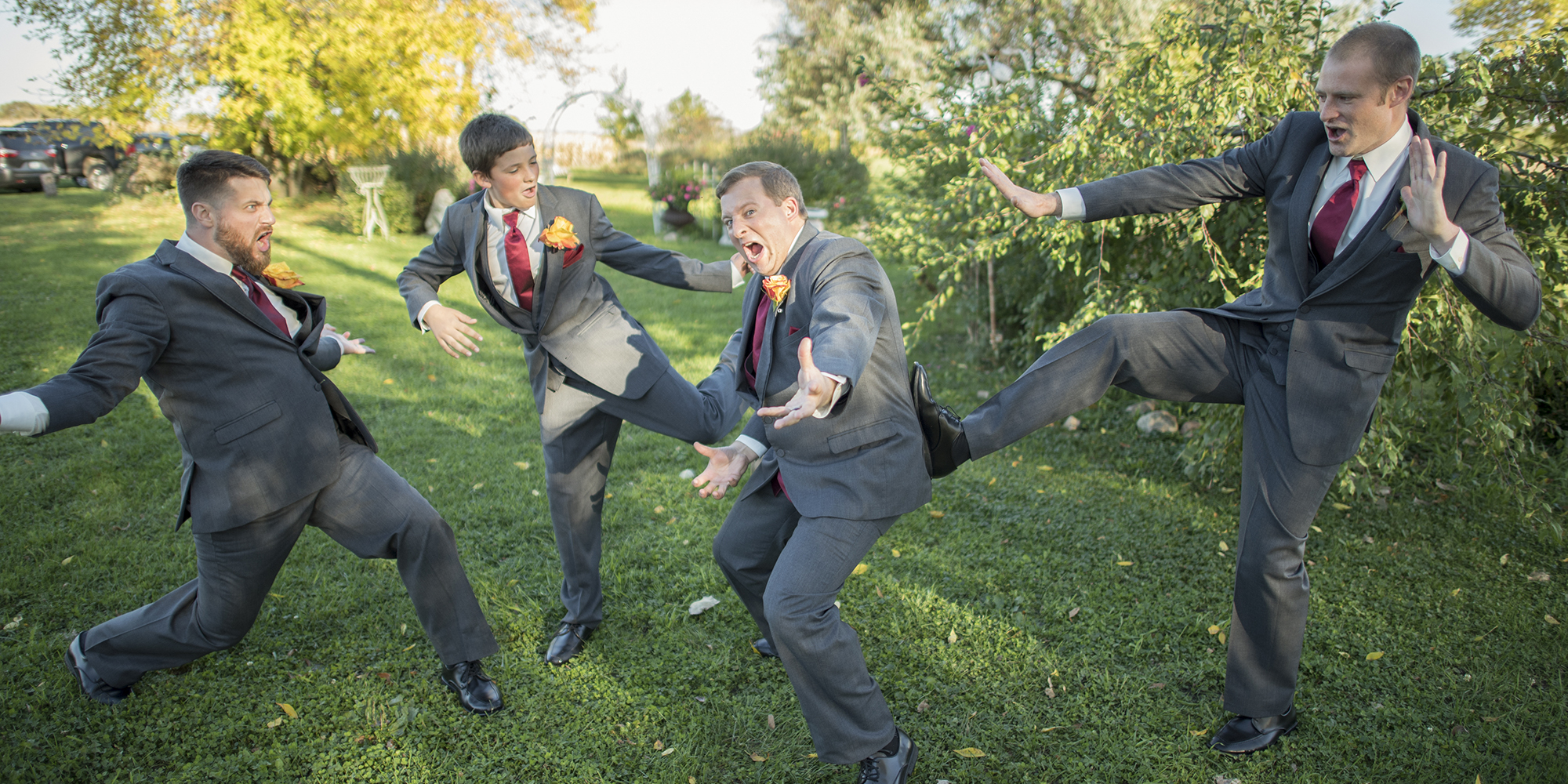 groomsmen battle
